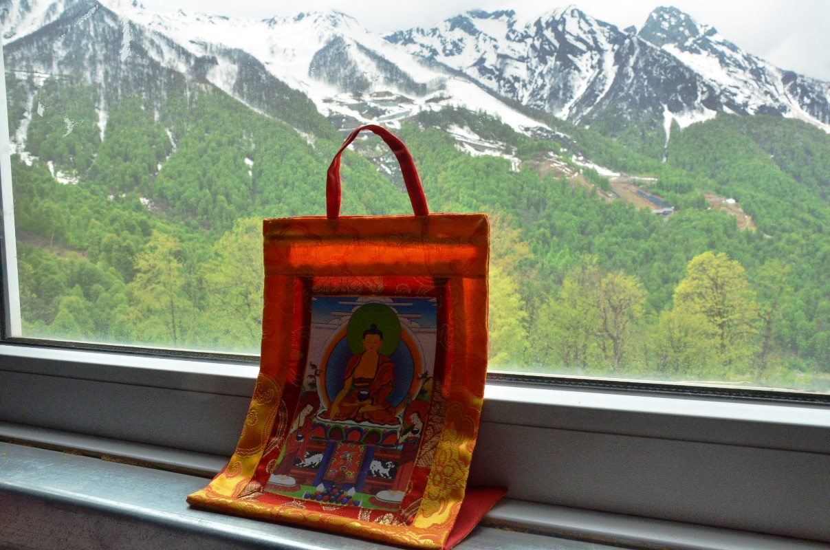 будда и гора