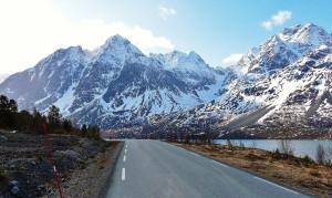road in Lyngen